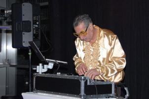 DJ-Mike-08